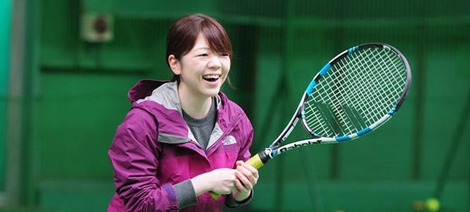 大人が夢中になるテニスコート