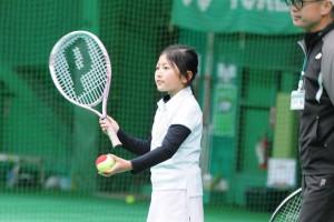 ジュニアのテニスレッスン